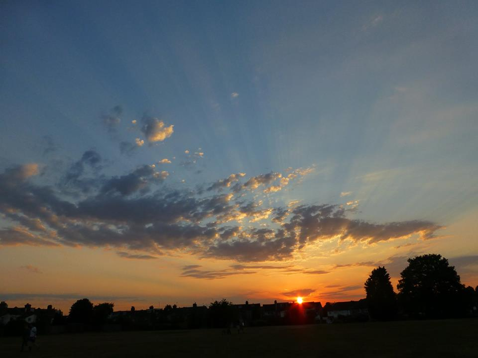 15jul01_sunset_over_brickfield_havelock_rec.jpg