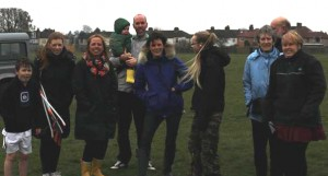 15mar14 litterpicking party brickfield