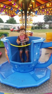 16sep12-hoedown-cowboy-in-teacup-by-caroline